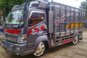Gambar Foto Modifikasi Mobil Truk Lampung Terbaru