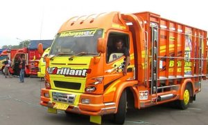 Gambar Foto Modifikasi Mobil Truk Lampung yang Keren
