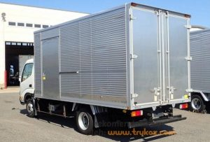 Gambar Foto Modifikasi Truk Dyna Box Angkutan Barang
