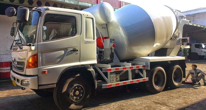 Gambar Foto Jenis Mobil Truk Besar Molen Modern