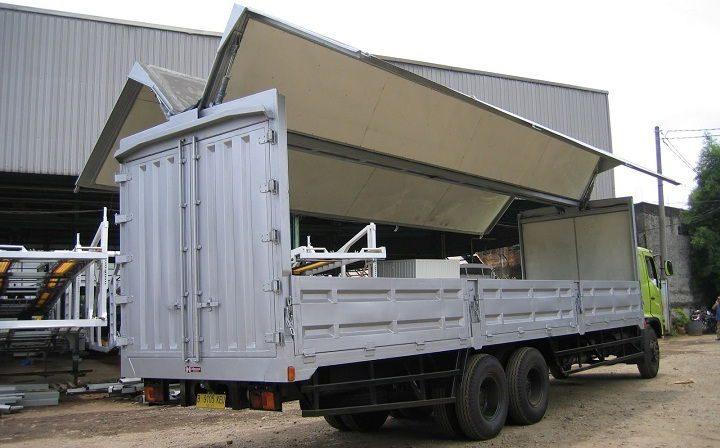 Gambar Foto Jenis Mobil Truk Besar Wing Box