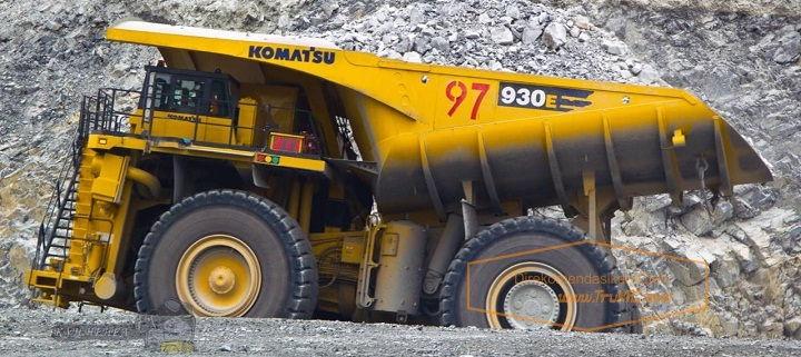 Gambar Foto Mobil Truk Terbesar di Dunia Komatsu 930E-3SE