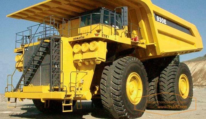 Gambar Foto Tenaga Mesin Mobil Truk Terbesar di Dunia Komatsu 930E-3SE