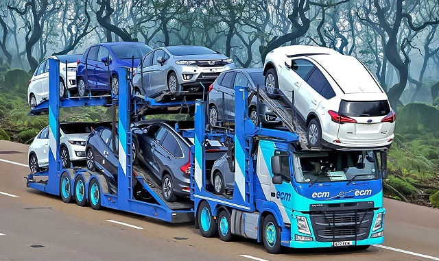 Gambar Foto Truk Besar Modifikasi Angkutan Mobil