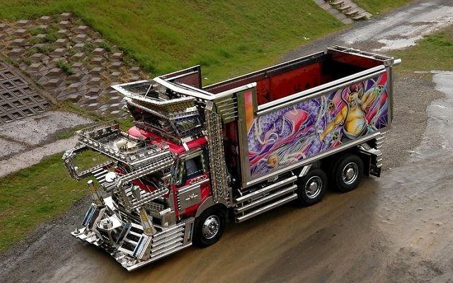 Gambar Foto Truk Besar Modifikasi - Dump Truck