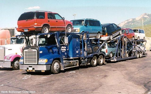 Gambar Foto Truk Besar Modifikasi Pengangkut Mobil